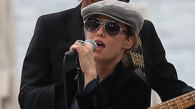 Vanessa Paradis rehearses her new song 'Love Song' on the 'Le Grand Journal' TV show set during the 66th annual Cannes Film Festival. (Photo: Marc Piasecki/FilmMagic)