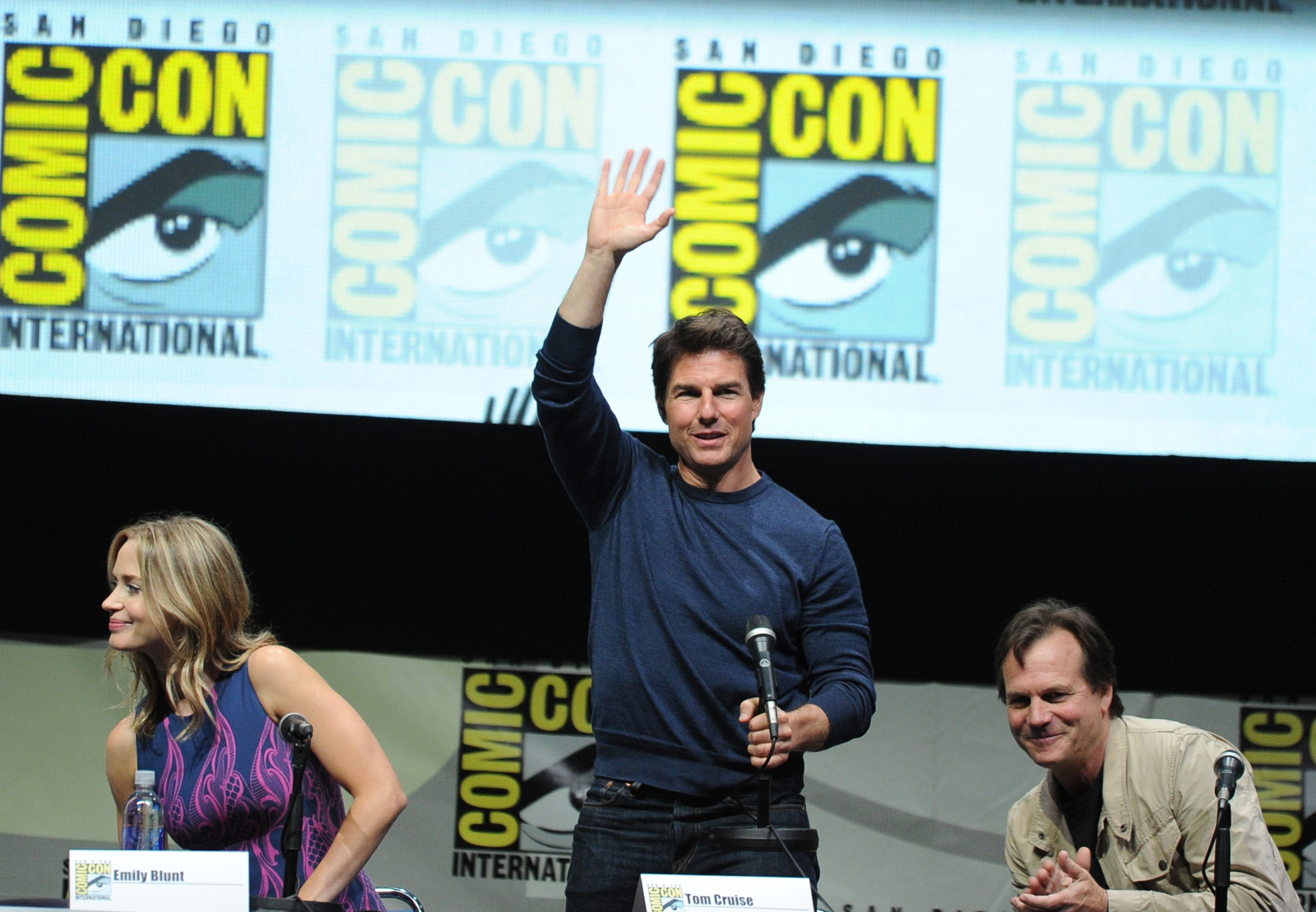 Tom Cruise, center, at Comic-Con 2013 (Photo: Kevin Winter/Getty