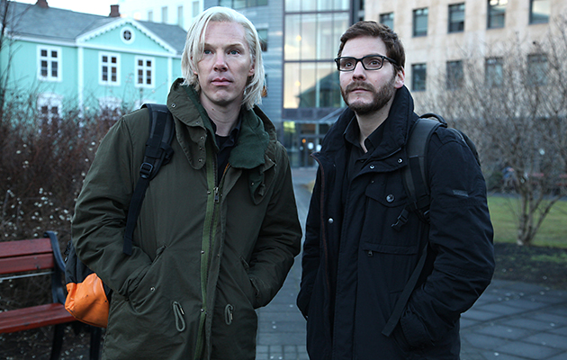 Benedict Cumberbatch, left, plays Julian Assange in 'The Fifth Estate' (Photo: Dreamworks)