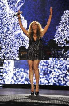 Beyonce to Serenade Thousands of Drunk Englishmen at Glastonbury