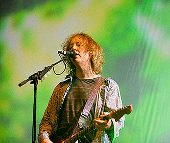 COACHELLA '09 SUNDAY: My Bloody Valentine, The Cure & Public Enemy Bring The Noise