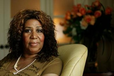 Aretha Franklin Picks Halle Berry For Biopic, Crushes On R. Kelly