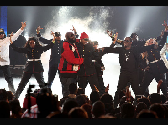 MC Hammer Joins Rick Ross On Stage At BET Hip Hop Awards