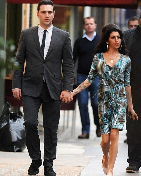 Amy Winehouse's Boyfriend Reg Traviss Had Dad's Approval