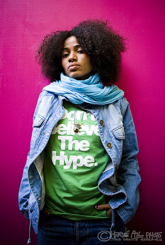 Nigerian Singer Nneka Melds Sweet Melodies And Social Messages