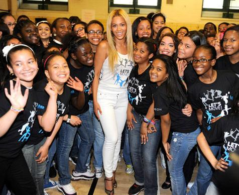 Video: Beyonce Surprises Middle-School Gym Class