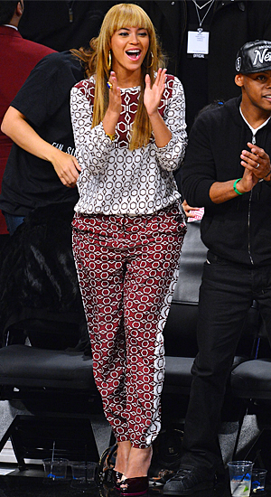 Beyonce's latest look (James Devaney/WireImage)