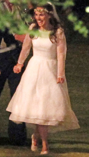 Natalie Portman at her Aug. 4 wedding (FameFlynet)