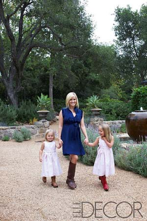 Reese Witherspoon with her nieces at her Ojai ranch. (William Waldron/Elle Decor)