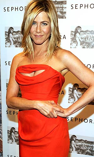 Jennifer Aniston gives her yoga instructor, Mandy Ingber, credit for those toned arms. - Kevin Mazur/WireImage