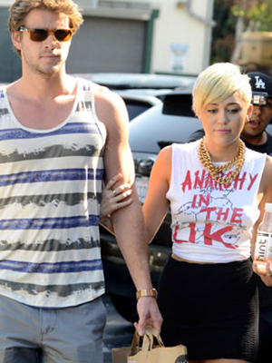 Liam Hemsworth and Miley Cyrus in September 2012 (Splash News)