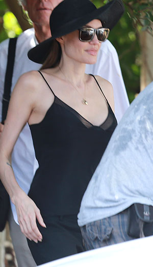 Angelina shows off new body while location scouting (AKM-GSI)