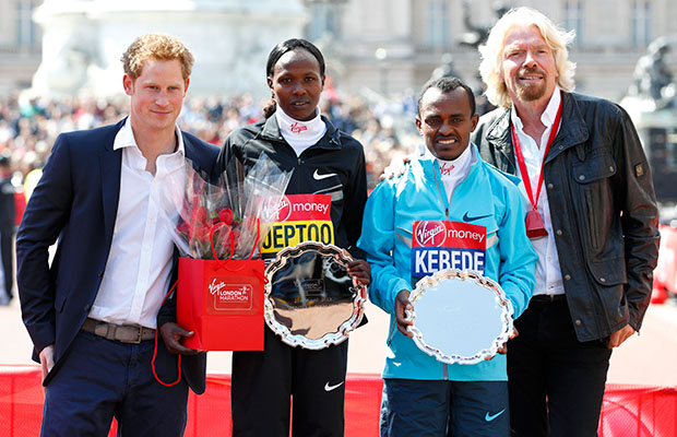 Prince Harry and Sir Richard Branson honor the winners of the London Marathon (Max Mumby / Indigo/GettyImages)
