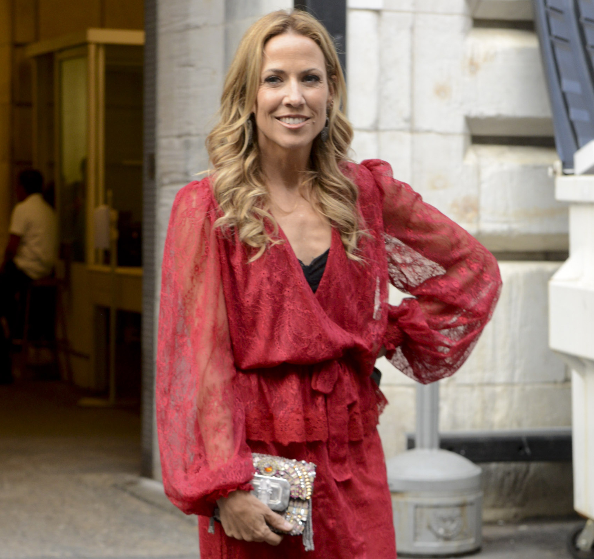 Sheryl Crow looking glam in NYC this week. (Getty Images)