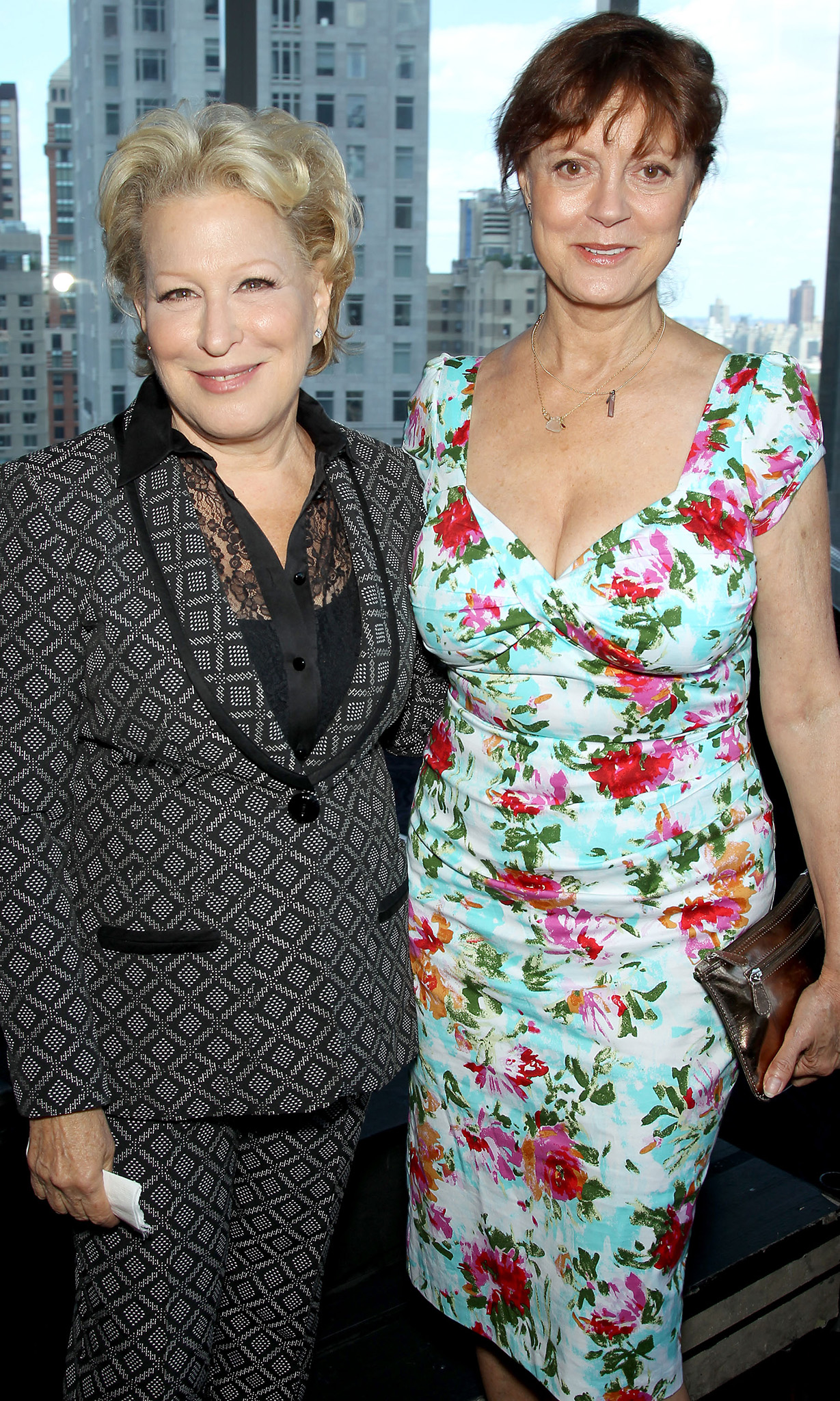 Bette Midler and Susan Sarandon (Startraks Photo)