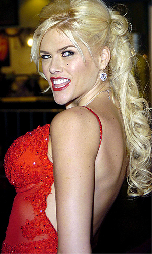 The late Anna Nicole Smith (Everett)