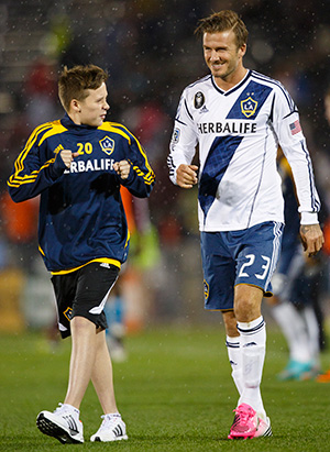 Brooklyn and David Beckham (Getty Images)