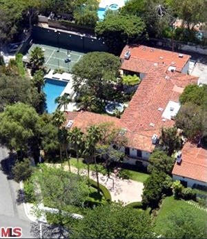 Billy Bob Thornton sold his Beverly Hills mansion this week. (Redfin)