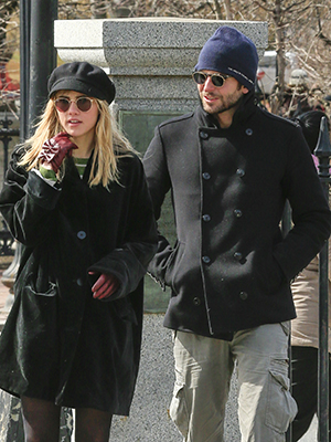 Suki Waterhouse and Bradley Cooper out on March, 18 2013 (Splash News)
