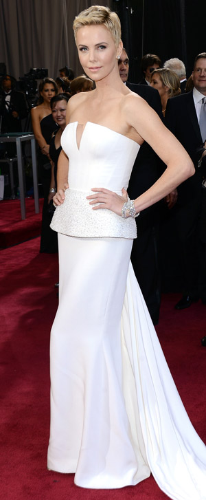 Charlize Theron on the red carpet (Getty Images)