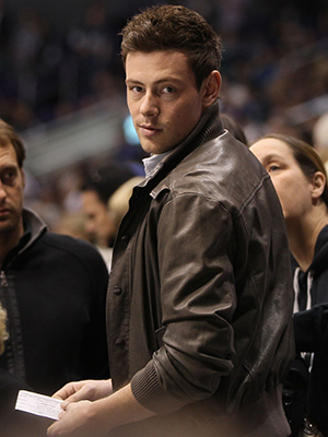 Cory Monteith at a hockey game on March 23 (Getty Images)