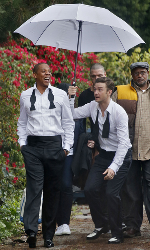JT and Jay goof around on set. (Splash News)