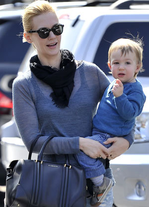 January Jones with Xander in February (Splash News)
