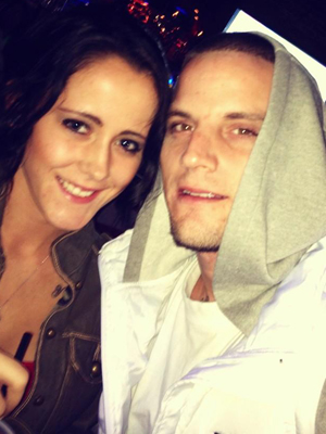 Jenelle and Courtland in happier times. (Twitter)