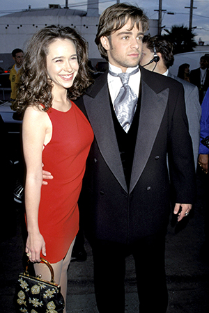Jennifer Love Hewitt and Joey Lawrence in 1996. (Kevin Mazur/Getty Images)