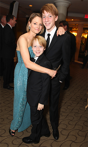 Jodie Foster and Her Sons (Eric Charbonneau, WireImage)