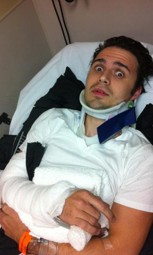 Kris Allen in the hospital on New Year's Day (Twitter/Kimberly Allen)
