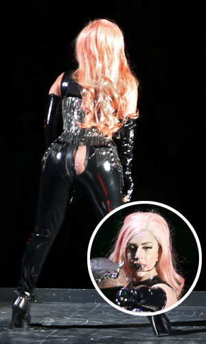 Lady Gaga splits her pants in Vancouver (R Chiang / Splash News)