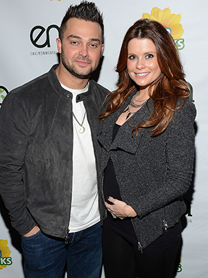 Nick Swisher and JoAnna Garcia (Getty Images)