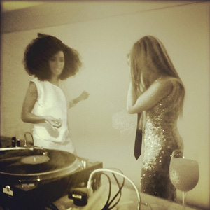 Solange and Beyonce Knowles (Instagram)