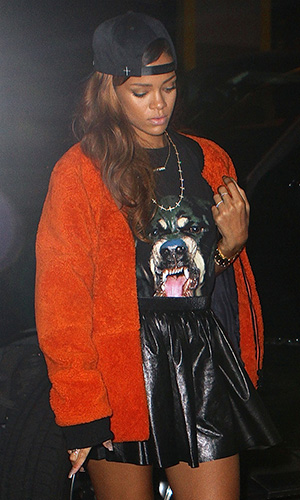 Rihanna in Givenchy (Splash News)