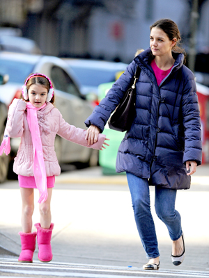 Katie Holmes and Suri in NYC on December 23 (Splash News)