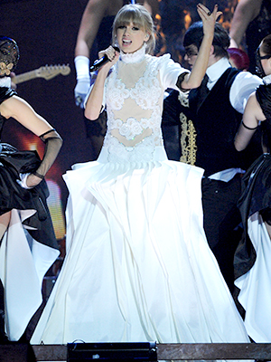 Swift performs at Wednesday's Brit Awards (Dave J Hogan/Getty Images)