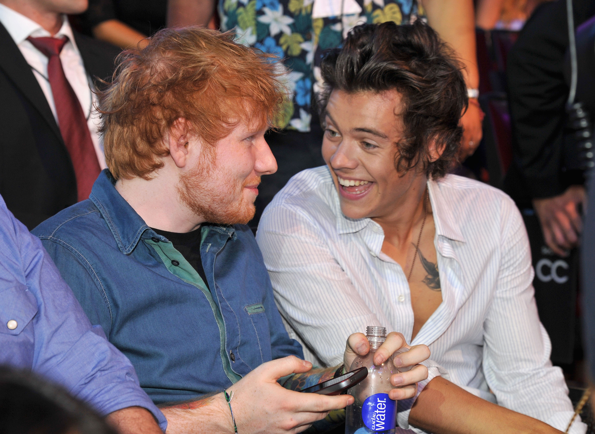 Ed Sheeran and Harry Styles joke around at the Teen Choice Awards (Kevin Mazir Fox/WireImage)