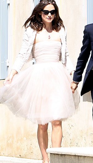 Keira Knightley on her wedding day. (X17online.com)
