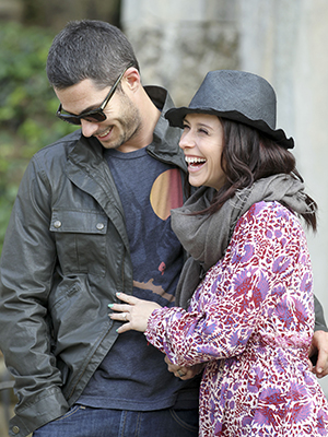 Jennifer Love Hewitt and Brian Hallisay in Italy (FameFlynet)