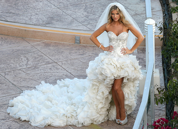 Joanna Krupa on her wedding day (FameFlynet)
