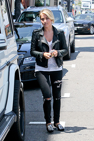 Julianne Hough in West Hollywood (AKM -GSI)