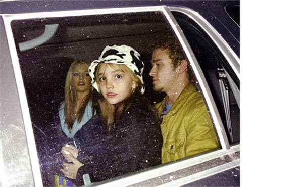 Jamie Lynn Spears tweeted this vintage photo of her sister, Britney, and Justin Timberlake. (Twitter)
