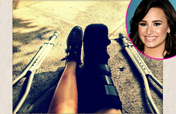 Demi tweeted this pic with the caption, This sucks. (Twitter/WireImage)