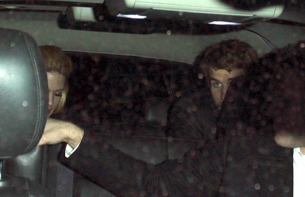 January Jones and Liam Hemsworth leave Chateau Marmont (Thumbs42/FAMEFLYNET)
