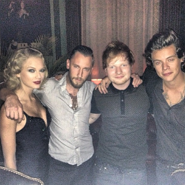 Say cheese! Taylor Swift and Harry Styles pose for a pic at VMA after-party (Instagram)