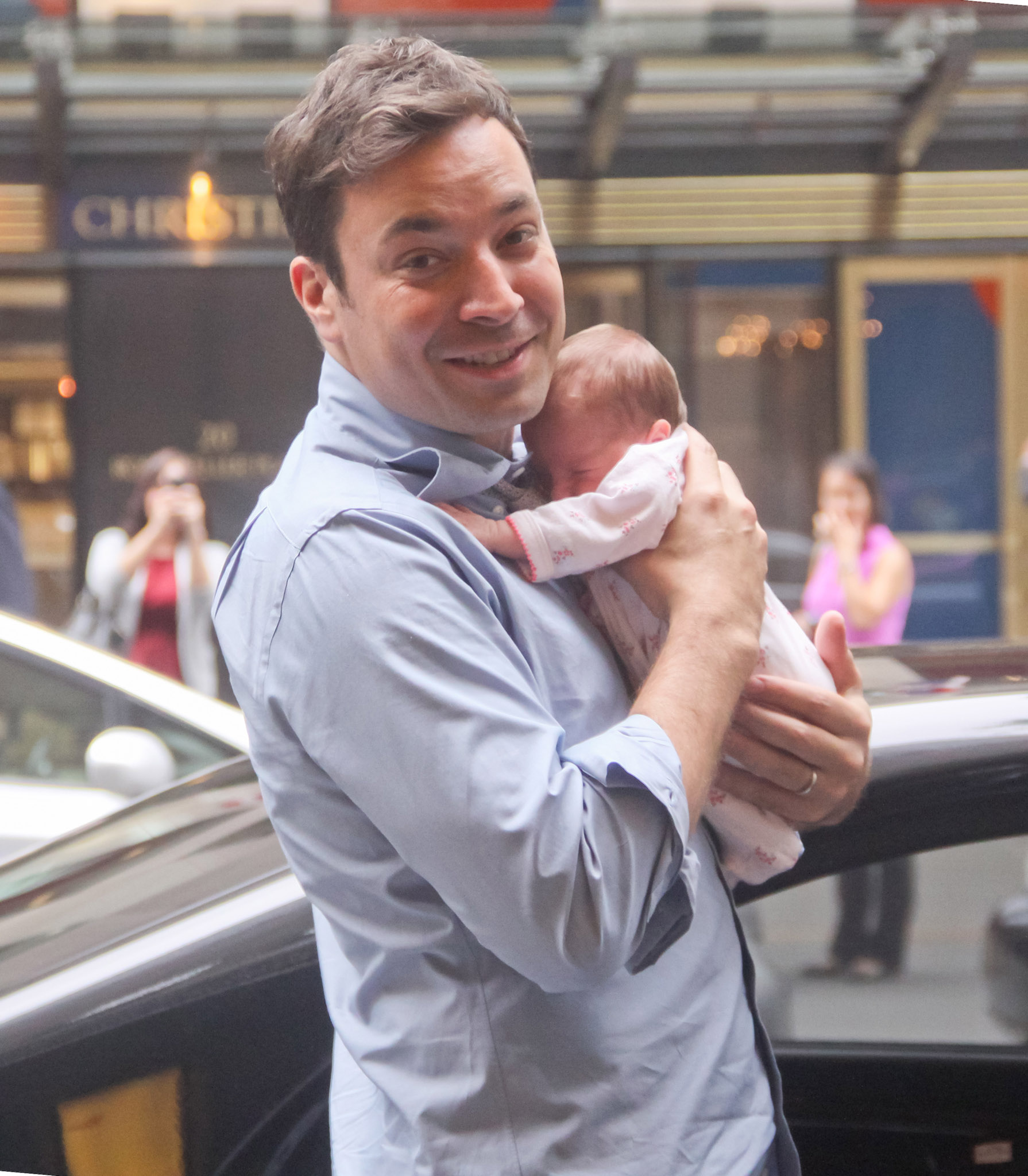 Jimmy Fallon and Winnie (INFDaily.com)