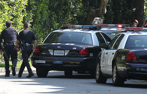 The LAPD respond to Justin Timberlake's house (PacificCoastNews)