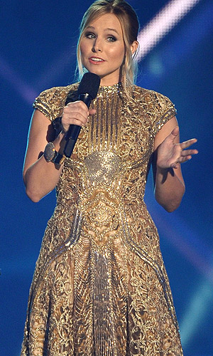 Kristen Bell hosting the 2013 CMT Awards (WireImage)