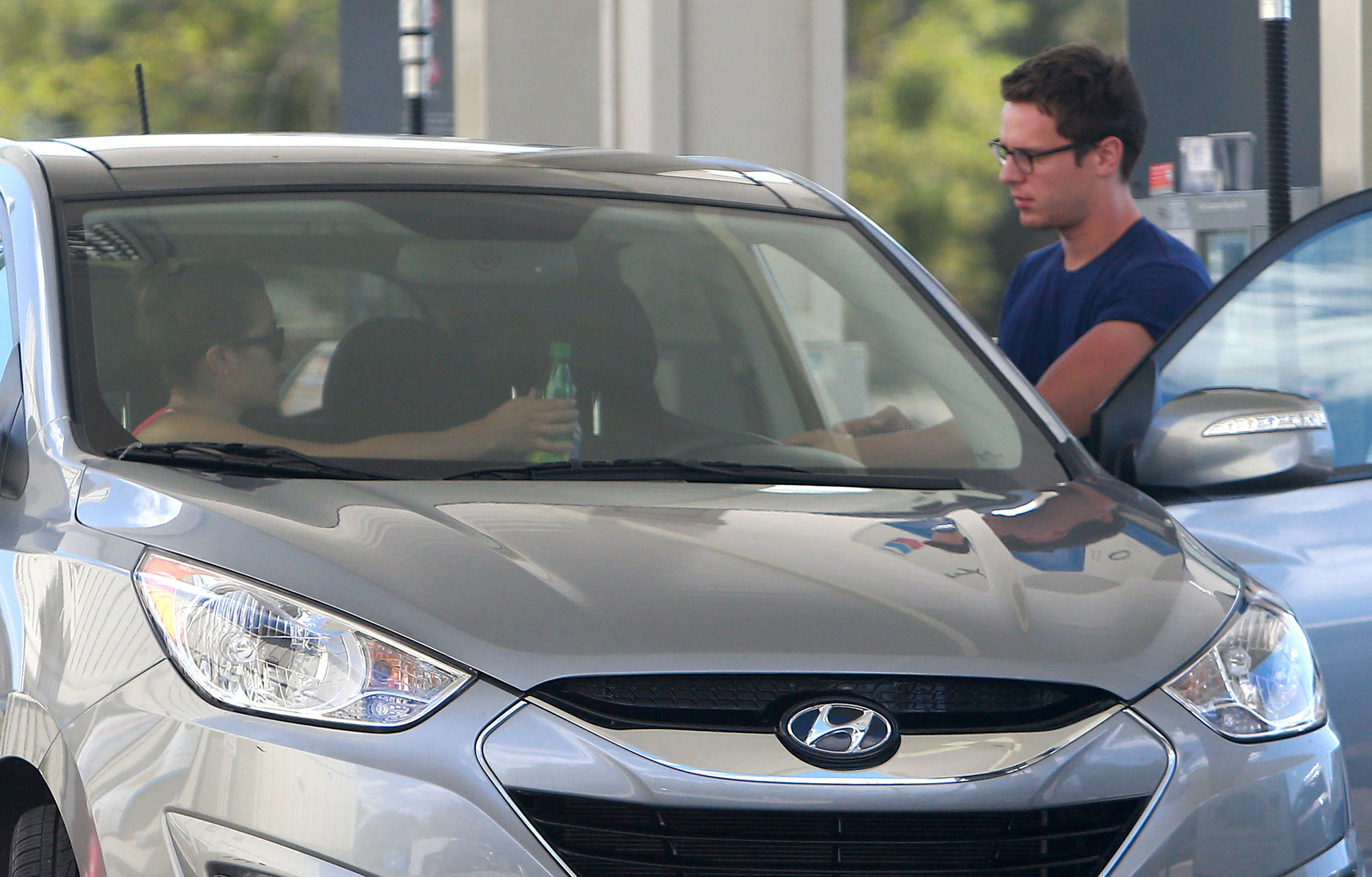 Lea Michele and Jonathan Groff drive up to Big Sur (FameFlynet)